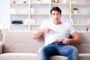 Если люди переедают и мало двигаются – появляется лишний вес