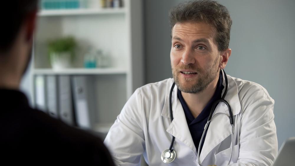 Врач врачу рознь – как не попасть к шарлатану
