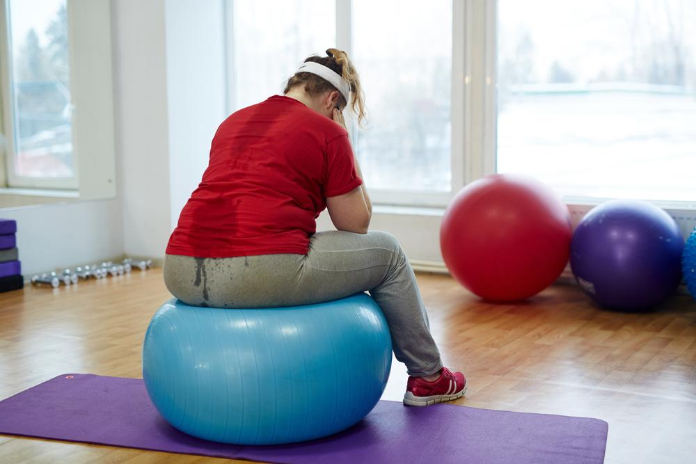 Лишний жир на физическом уровне способствует усилению депрессии