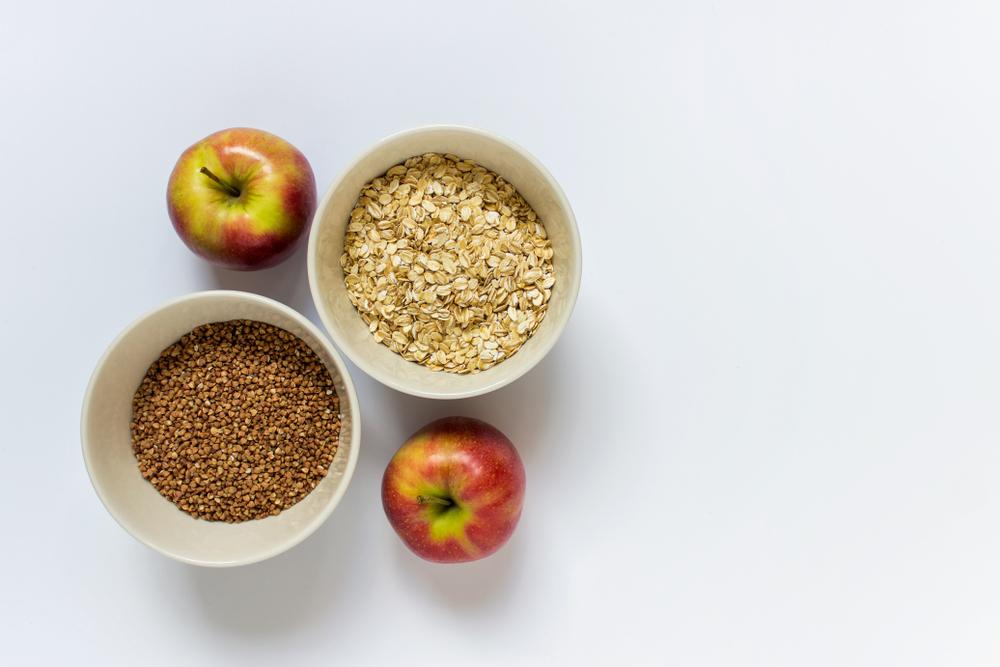 На завтрак придется есть либо гречку, либо овсянку